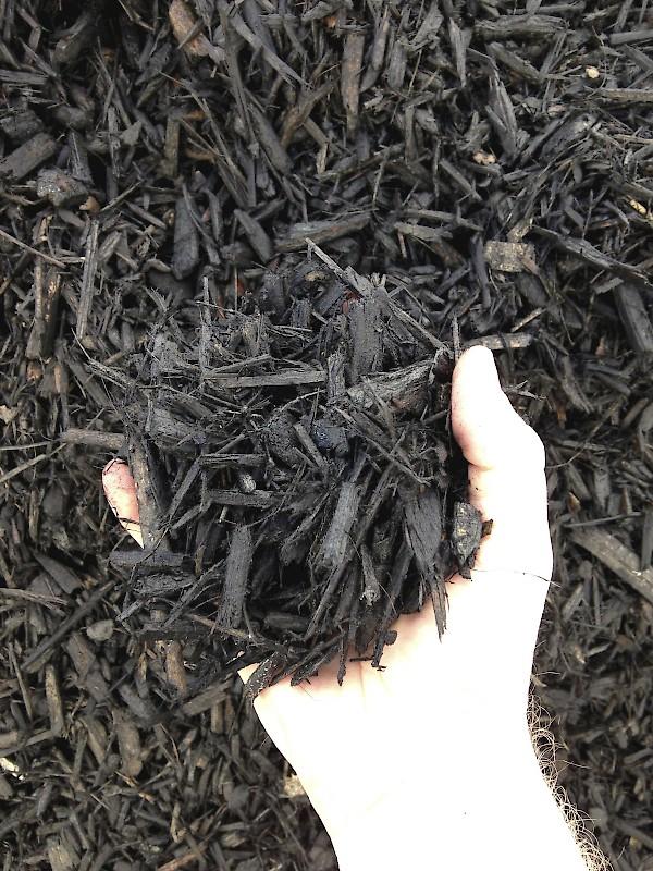 Black Mulch - Landscape Supply Oakland, CA Bee Green Recycling & Supply