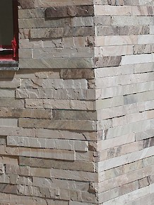 Large Cherokee Wall Stone Corners