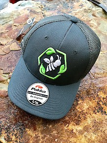 Bee Green Hat - Grey